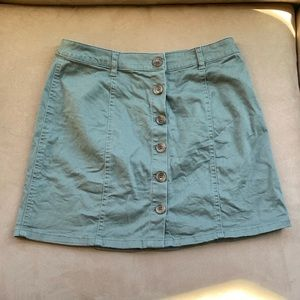 Forever21 army green button down skirt! Size S!!